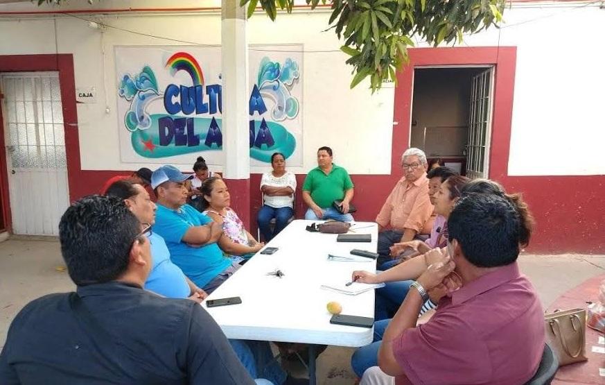 Renuncia director y Consejo del Sosapama de Acatlán