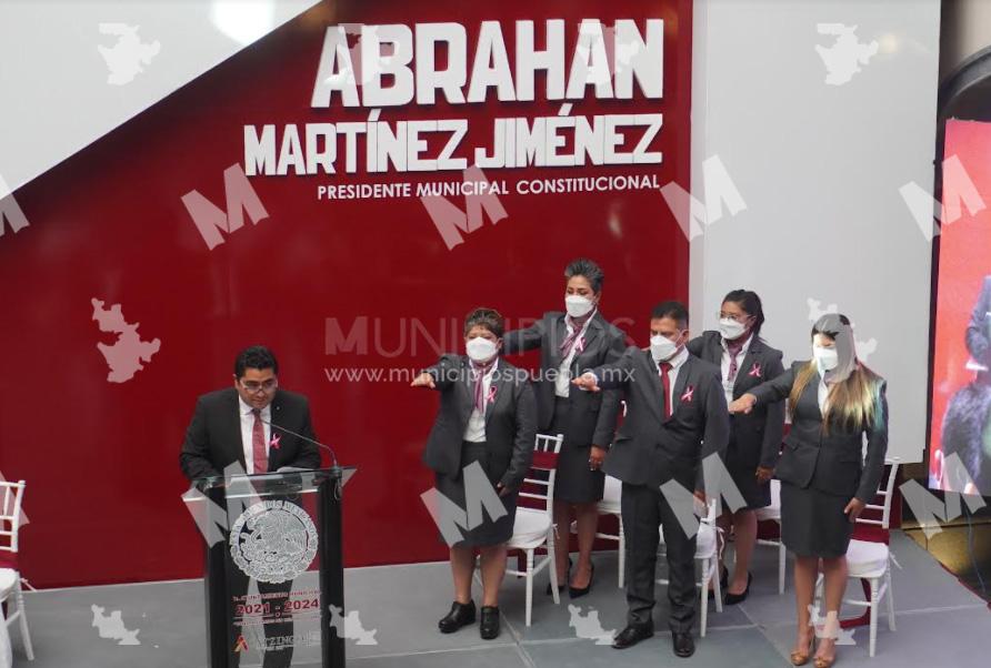 Rinde protesta Abrahan Martínez como edil de Acatzingo