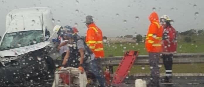 Por lluvia, invade carril y deja tres moribundos en la Teziutlán-Virreyes
