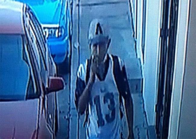 Captan a sujeto robando acumulador de auto en Atlixco