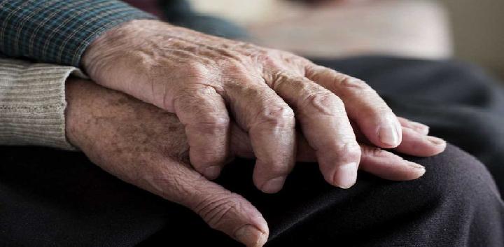Walmart ya no contratará a personas mayores