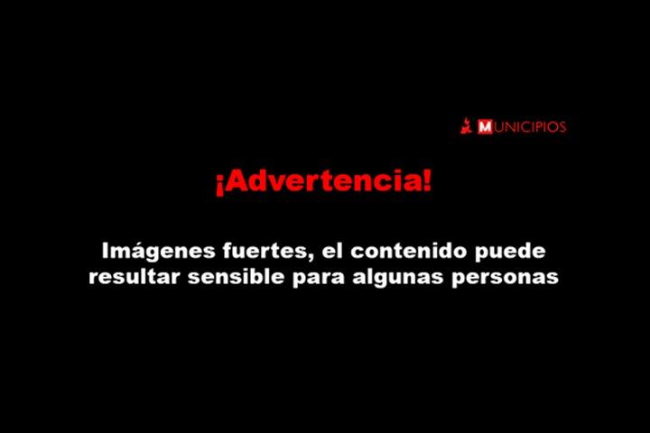 Queman a presunto secuestrador en Tlacotepec frente a presidencia auxiliar