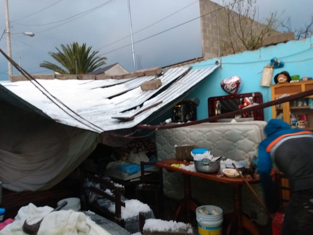 Granizada deja 70 viviendas dañadas en Acajete