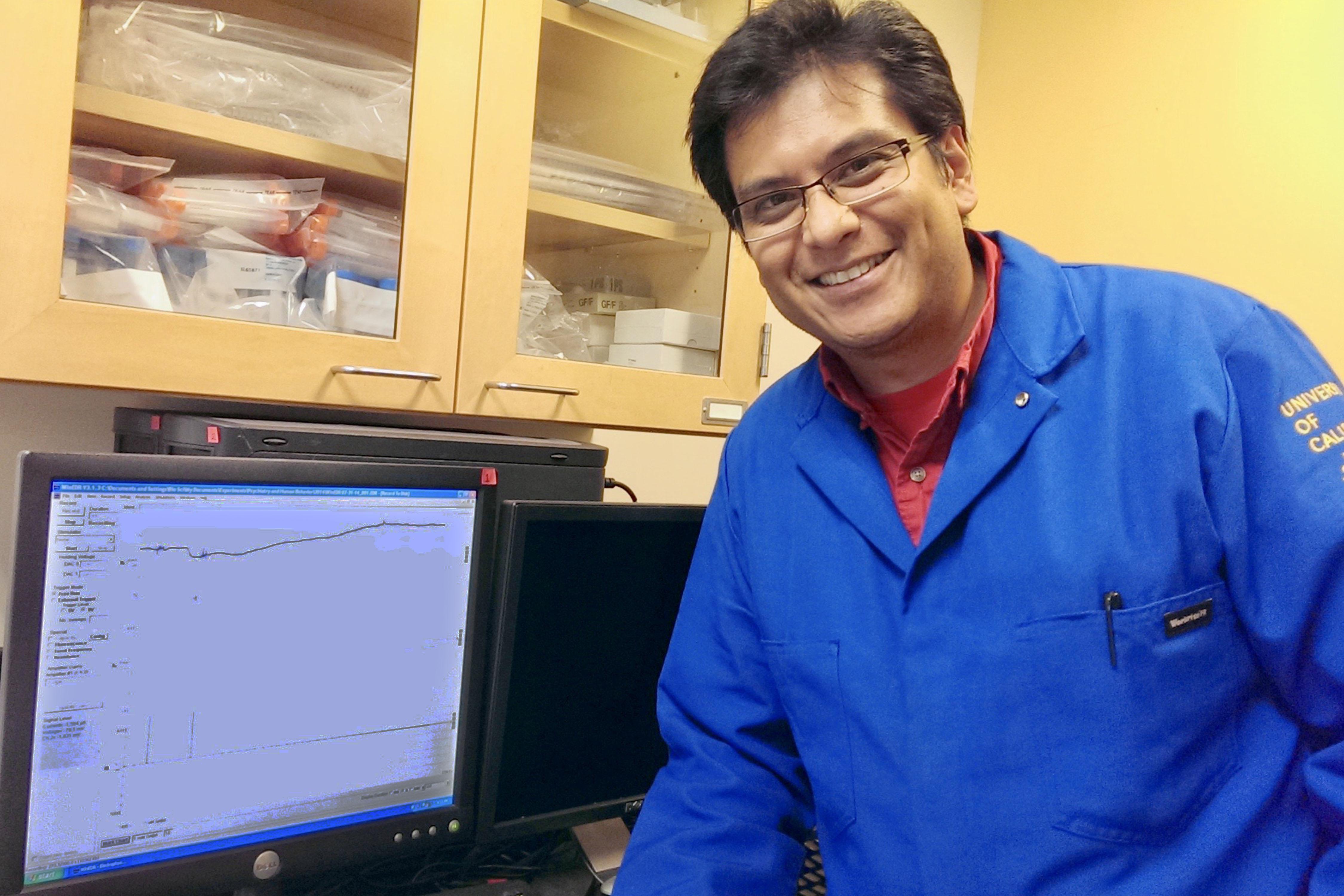 Agenor Limón, egresado BUAP, rompe paradigmas en neurociencia