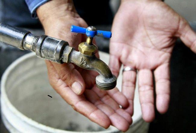 Es imposible que el municipio opere el servicio del agua: Eduardo Rivera
