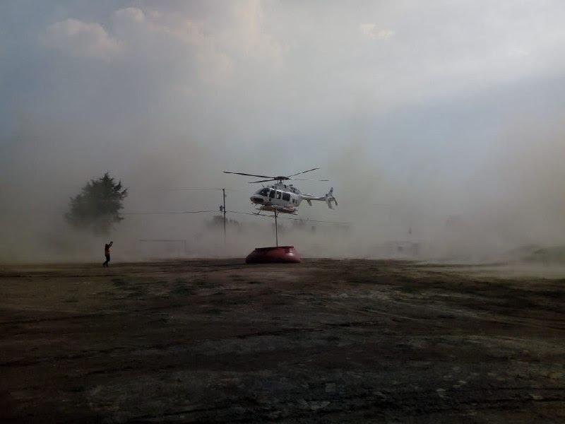 Dos aeronaves combaten incendios en Tetela y Saltillo La fragua