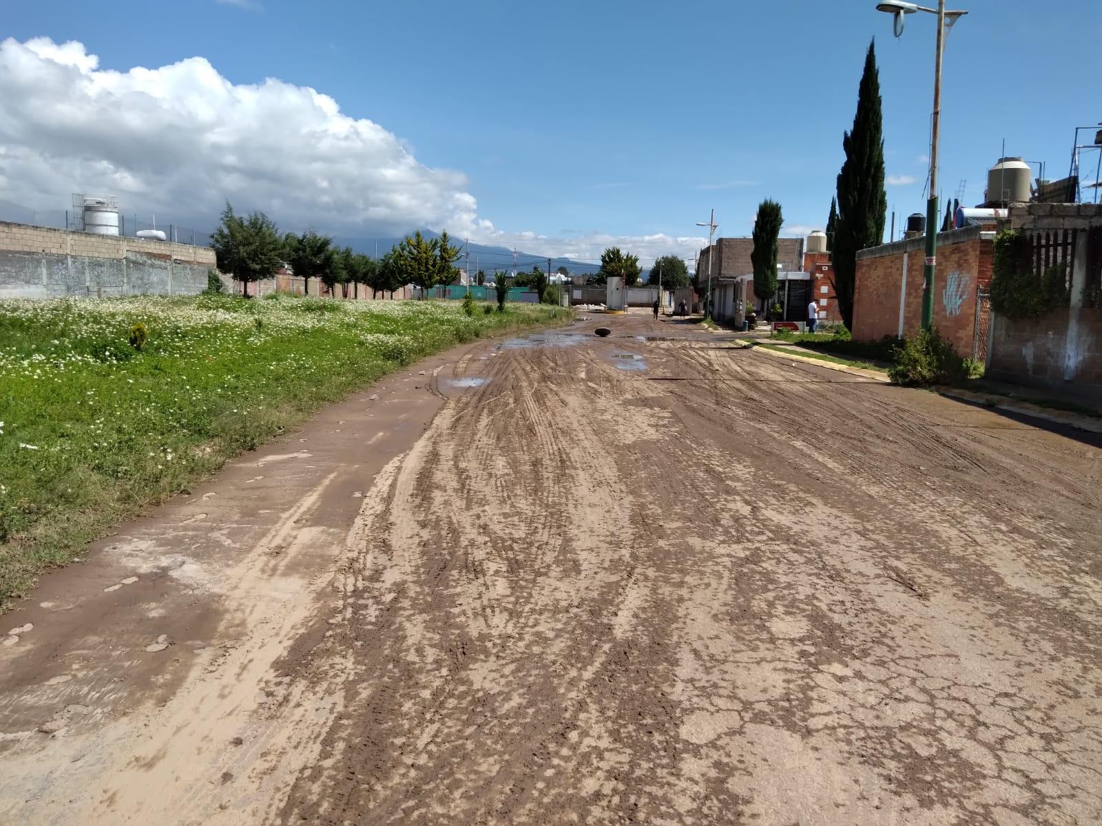 Lluvia deja inundaciones en fraccionamientos y colonias en Amozoc