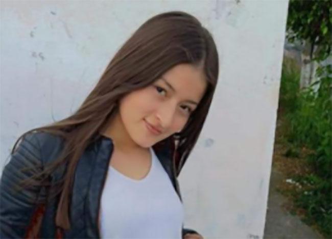 Desaparece Gloria de 17 años en el Fraccionamiento Hacienda Santa Clara en Puebla