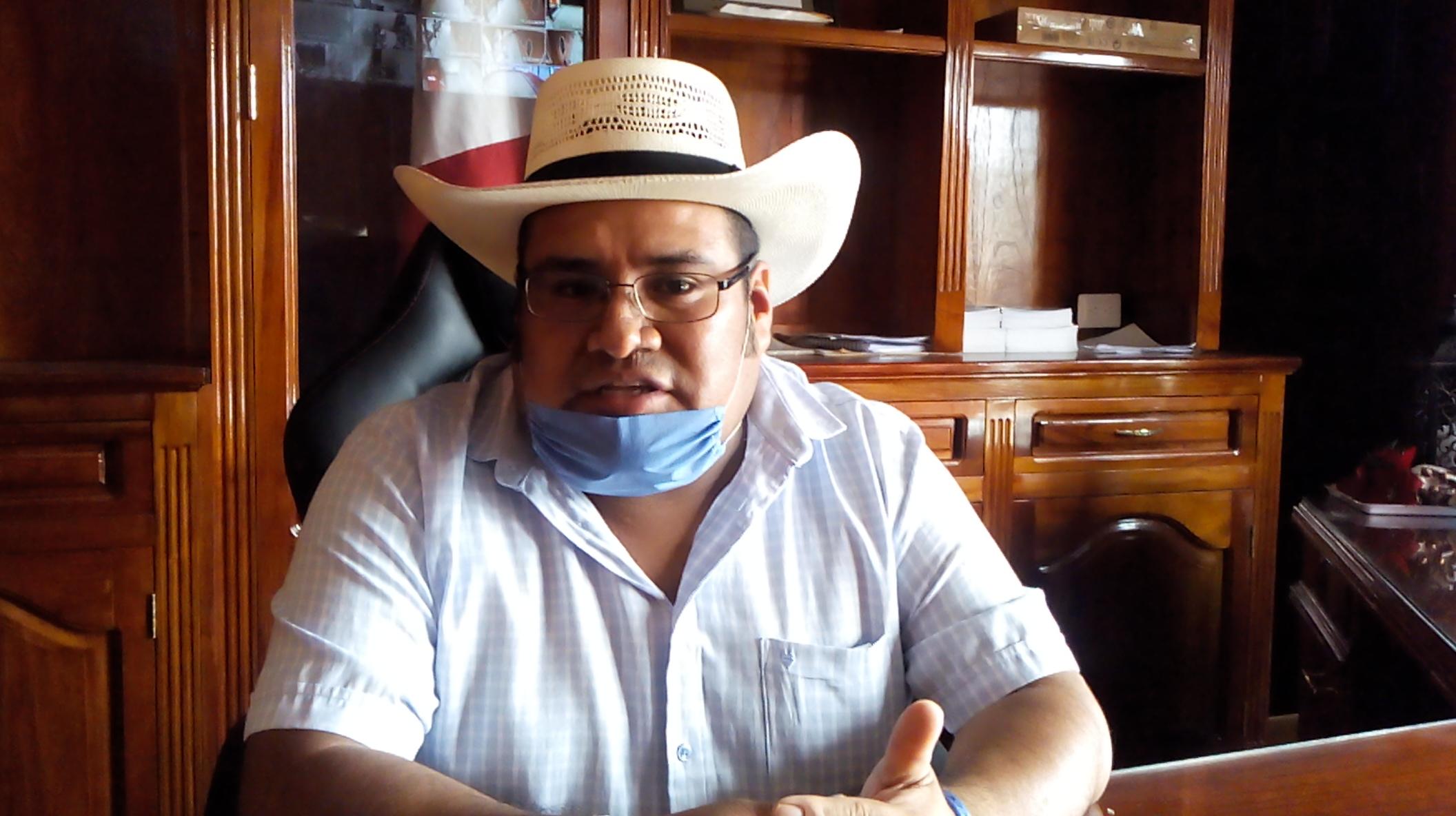 Asume cargo presidente municipal suplente en Ajalpan