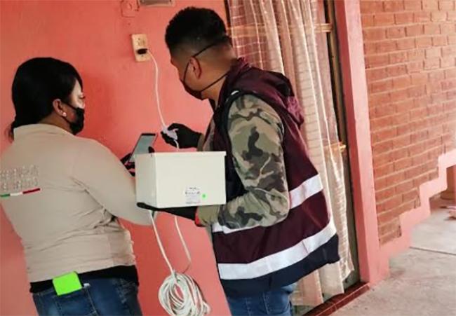 Instalan alarmas vecinales del programa Brigadas Cas en Texmelucan