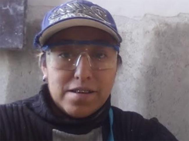 Mujeres de la construcción también celebran el Día de la Santa Cruz en Texmelucan