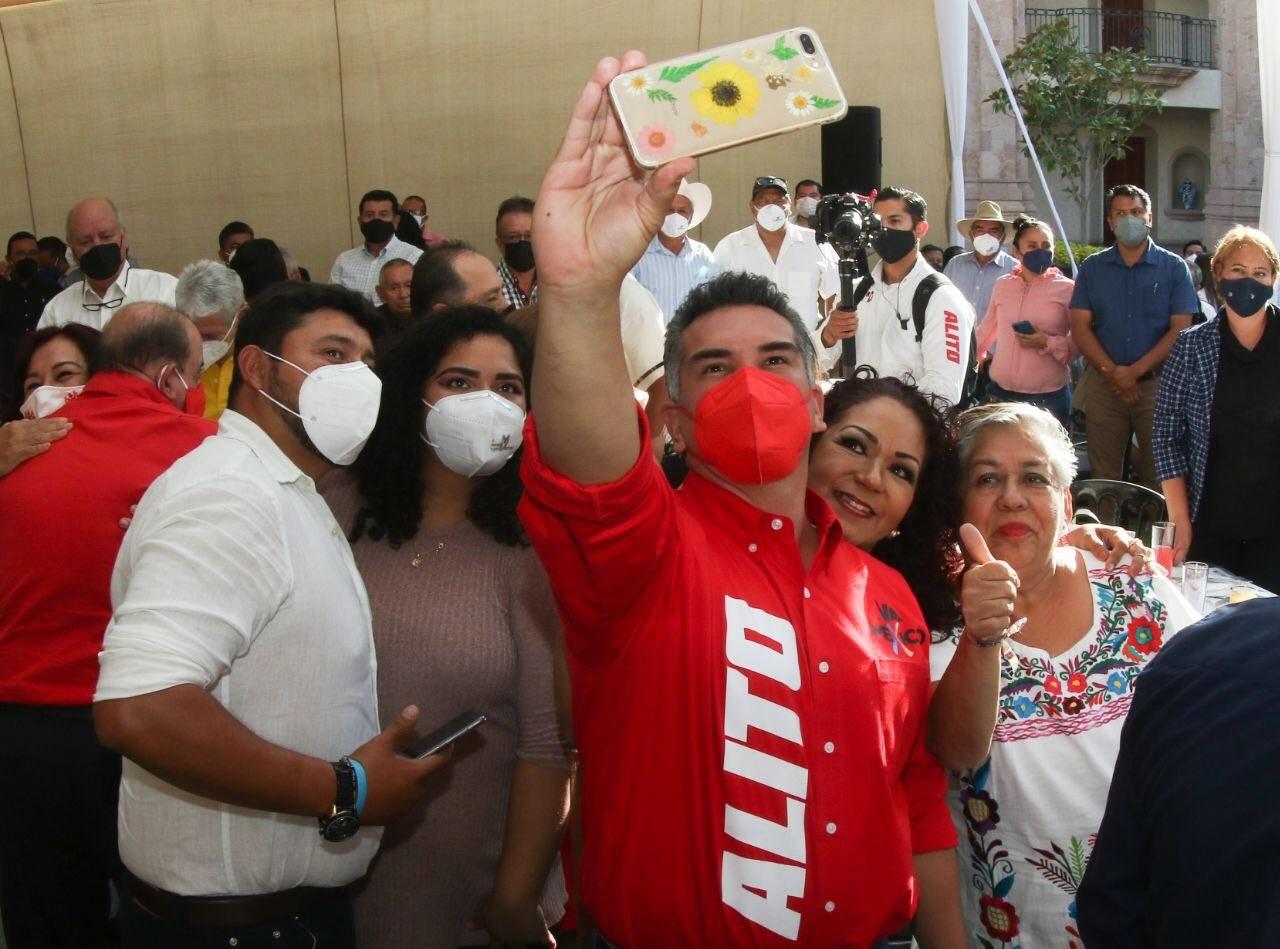 Morena está derrumbado: PRI pide defender instituciones