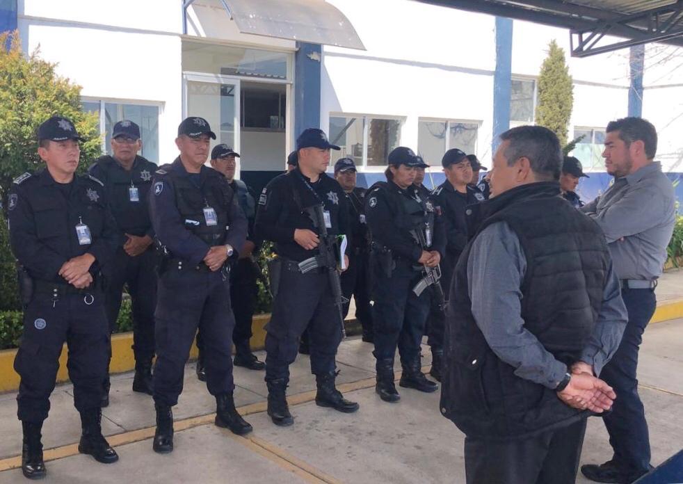 Se reúne Manuel Alonso con policías estatales de la Sierra Norte