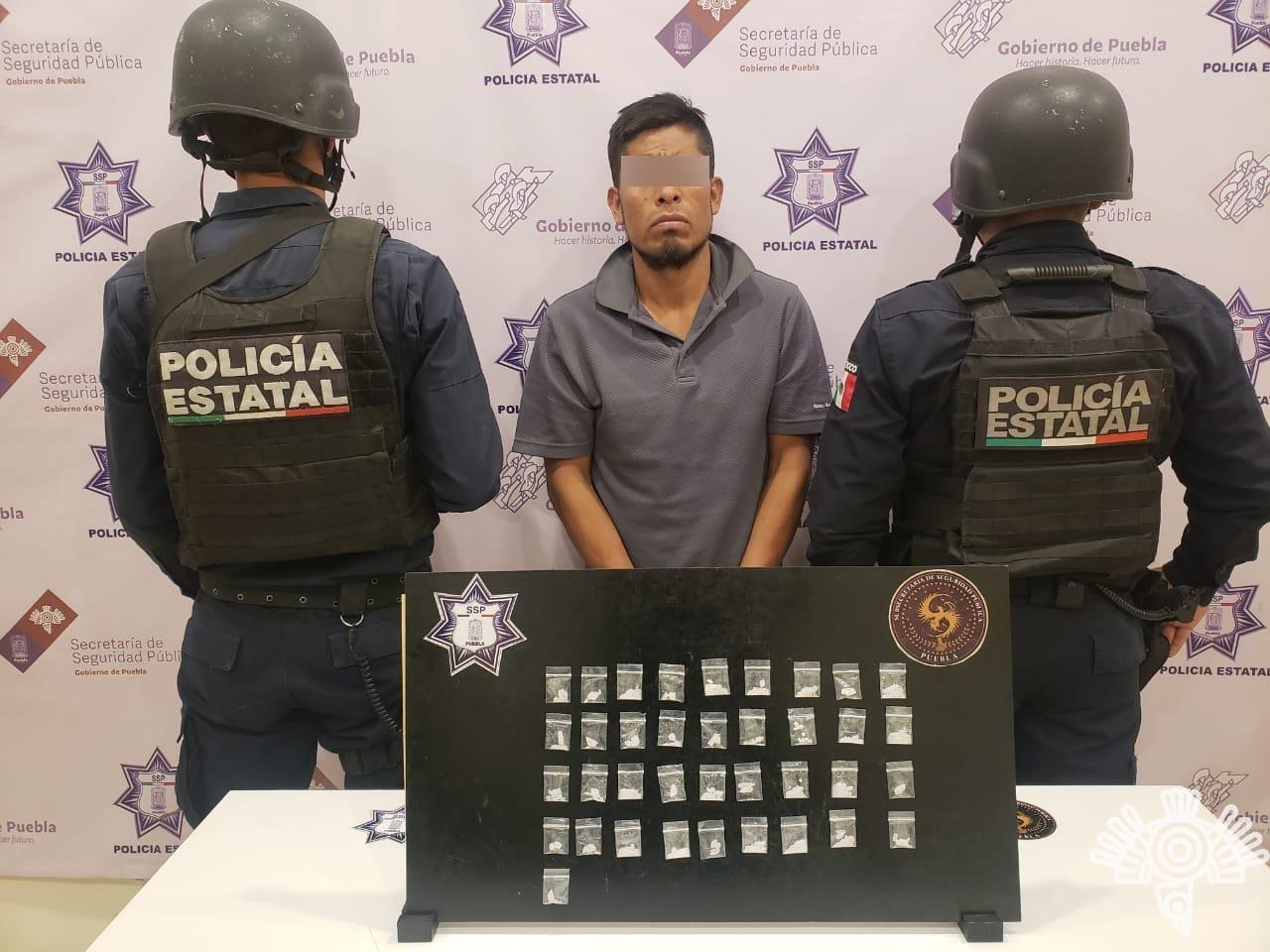 Detienen a El Toño, integrante de la banda El Saquito en Altepexi