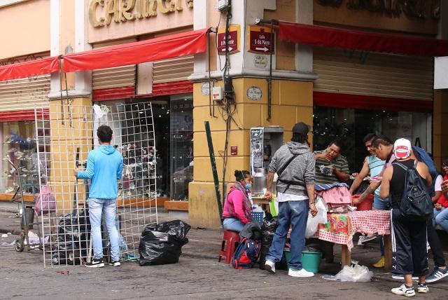 Regidores se confrontan por ambulantes, PAN exige retirarlos del centro