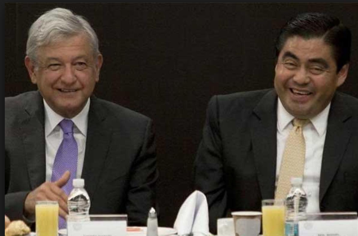 Revisarán AMLO y Barbosa estrategias contra huachigas y secuestros