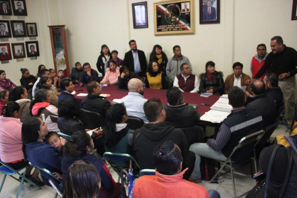 Vecinos enfrentan a empresarios, se oponen a gasera en Amozoc