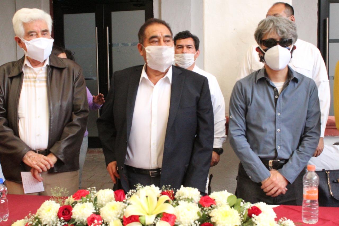 Inaugura Mario de la Rosa sala de protocolos Hermanos Serdán en Amozoc