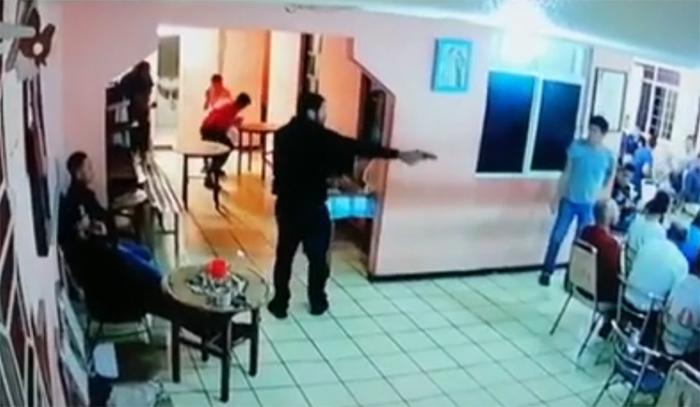 VIDEO Así fue el levantón de La Madrina en anexo de alcohólicos anónimos