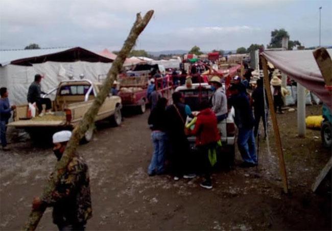 Suspenden plaza de animales y alimentos en Tlacotepec de Benito Juárez