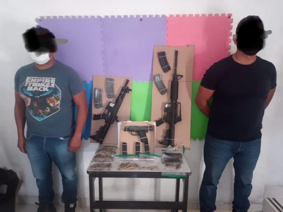 Detienen a atlixquenses con armas de alto calibre