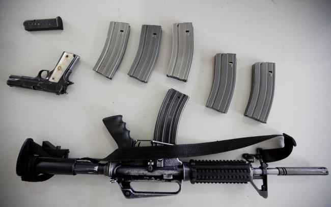 México y EU combatirán tráfico de armas: Ebrard