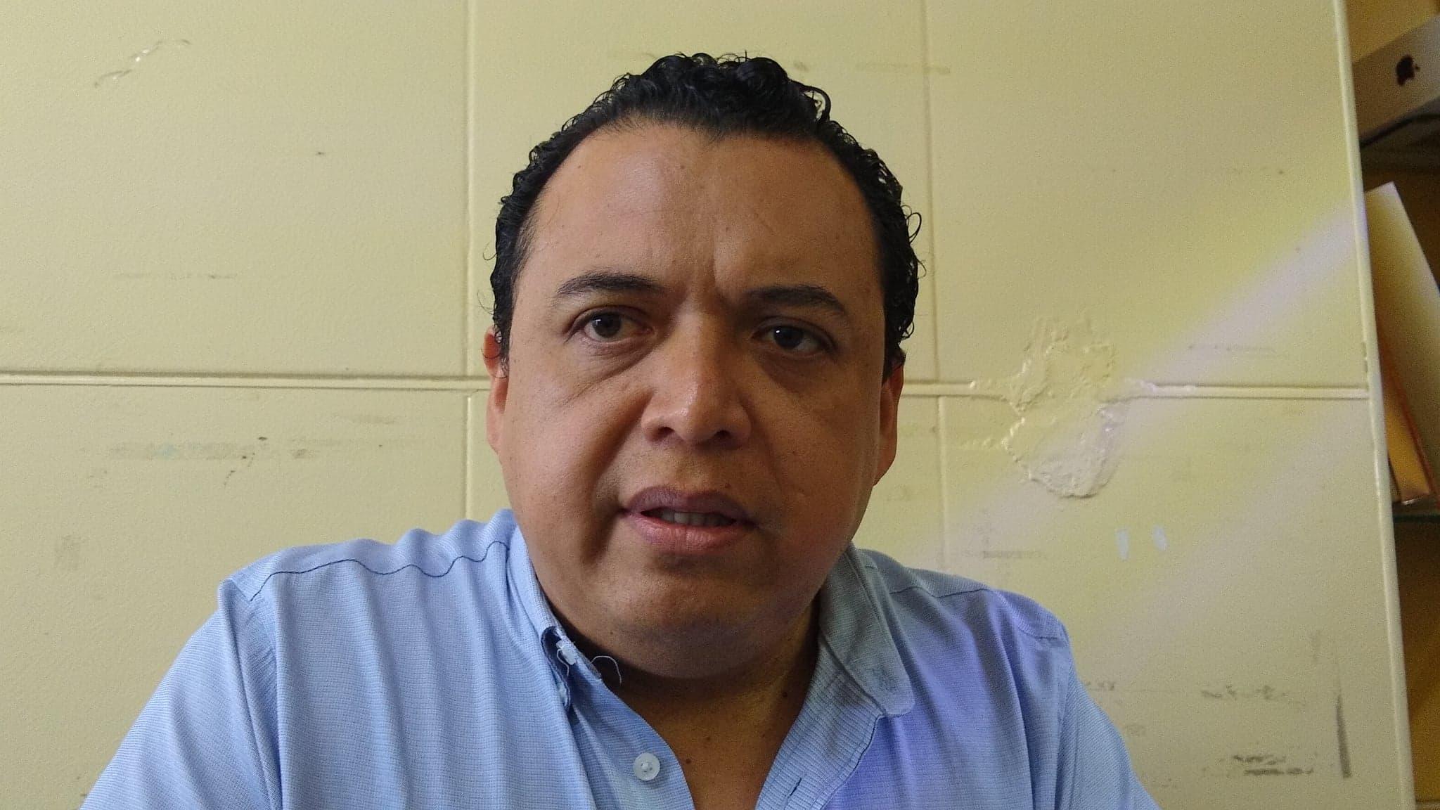 Hay intereses políticos para designar edil suplente de Tehuacán: Caballero López