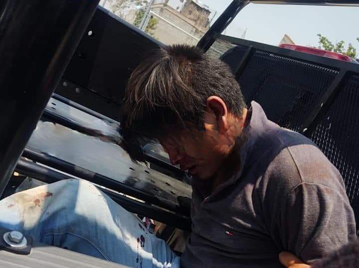 Vecinos le dan golpiza a ladrón tras asaltar a mujer en Amozoc