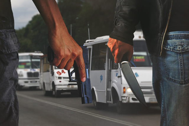Asaltos, cachazos y sustos, esta mañana en el transporte en Puebla