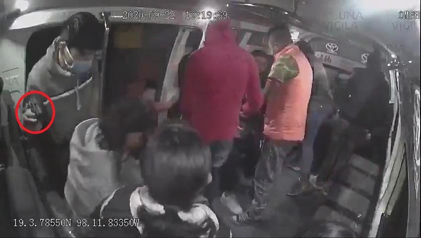 VIDEO Usuarios de la Ruta 64A sufrieron violento asalto; hay detenidos