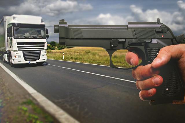 Carreteras del sur de Puebla, vigiladas por grupos delictivos