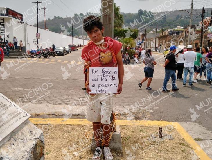 Hombre señalado de delitos en Metepec, a punto de ser linchado