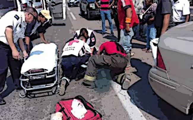 Atropellan y dejan sobre la carretera a dos menores en Hueytamalco