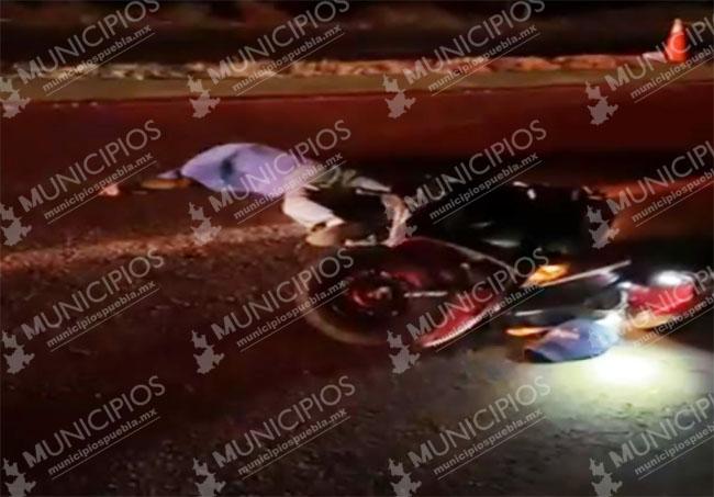 Auto embiste y mata a motociclista apodado El Mango en Izúcar