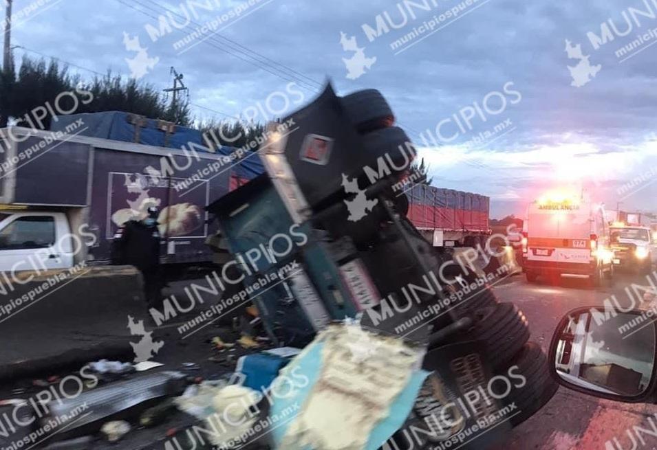 Reabren autopista Puebla–Orizaba tras accidente de tráiler