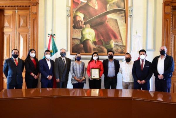 Reconocen a Ayuntamiento de Puebla por aplicar nueva evaluación