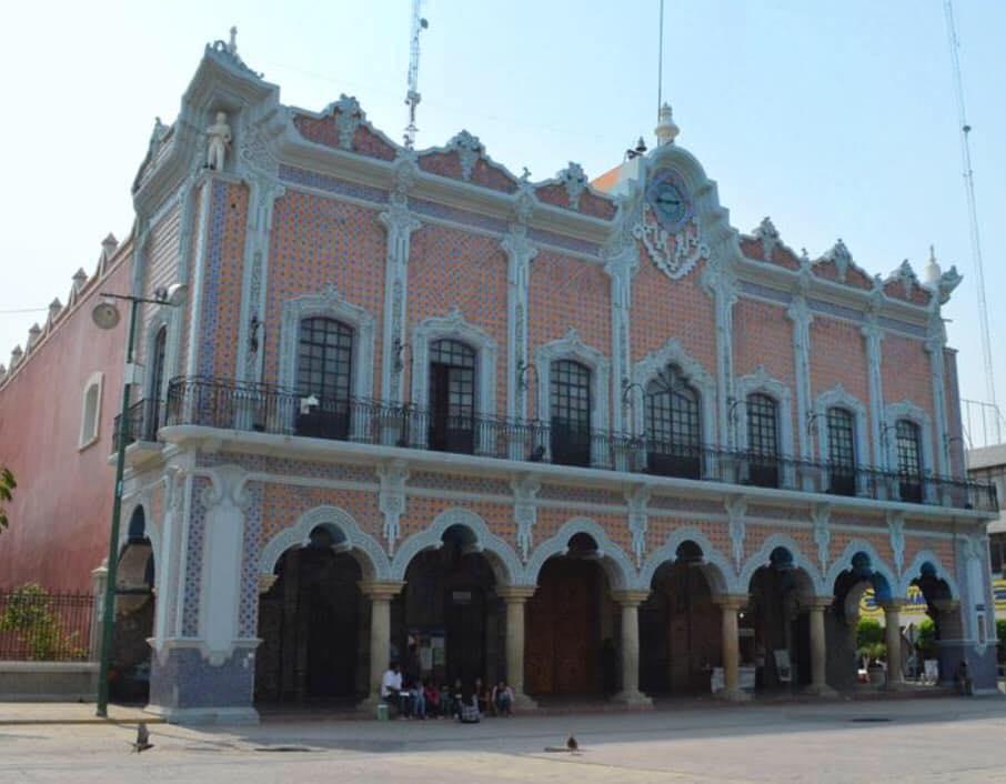Aviadores cobraron más de 4 mdp en 8 meses en Tehuacán
