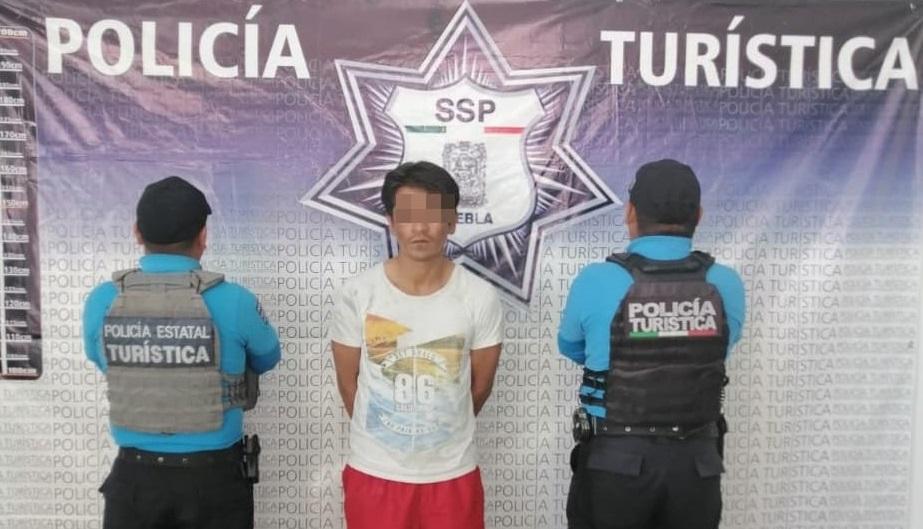 Tras persecución detienen a narcomenudista en el barrio El Alto