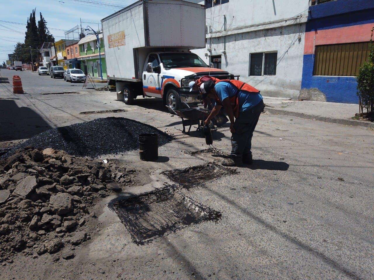 Mala planeación afecta trabajos de bacheo, acusa regidora de Morena
