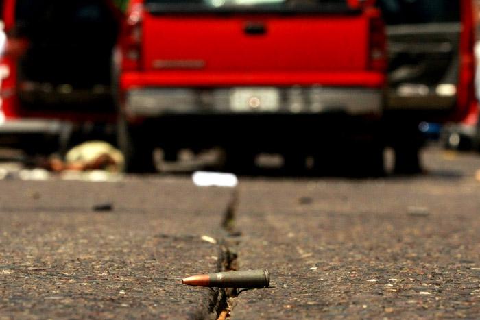 Dos hombres asesinados y una mujer herida durante balacera en Huehuetla