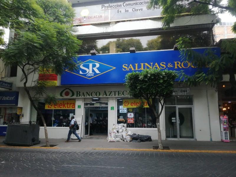 Extrabajador embarga a Banco Azteca en Tehuacán por 222 mil pesos