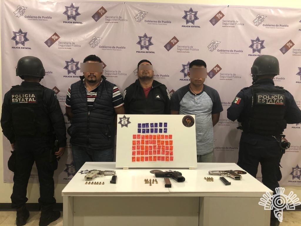 Desmantelan en Tlacotepec banda de robo a transportistas