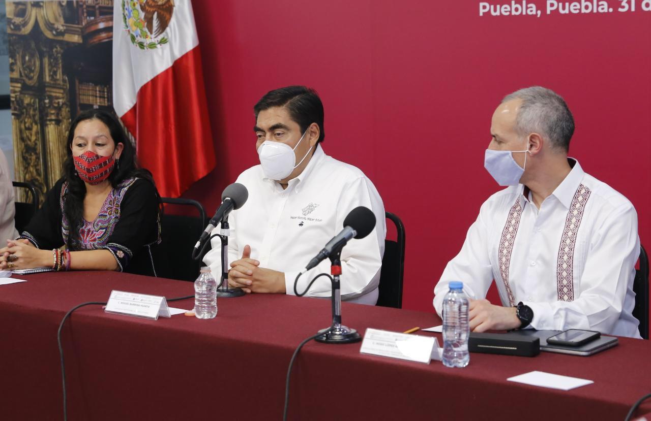 Gobierno estatal y federal combaten juntos al Covid-19 en Puebla