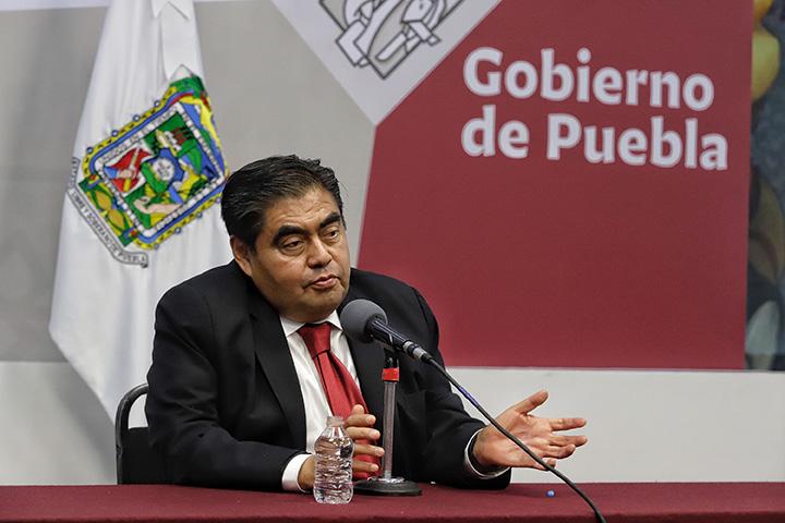 Se investigará a Facundo Rosas por vínculos con huachicol: Barbosa