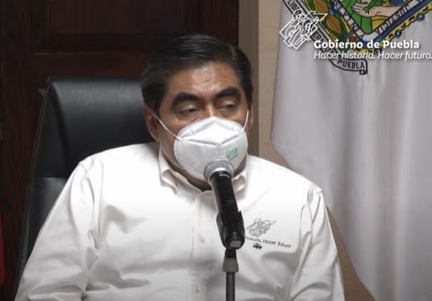 VIDEO No colapsará el sistema de Salud de Puebla: Barbosa