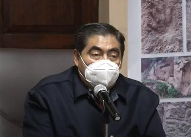 Inicia Puebla vacunación con mil 540 casos activos de covid