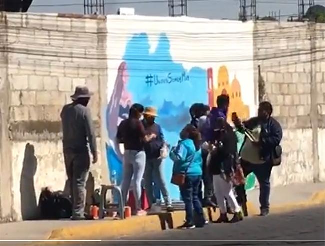 Candidato del PES pinta barda en San Andrés Cholula sin permiso del INAH
