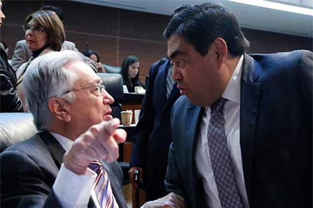 Barbosa niega vínculo y favores de Emilio Lozoya