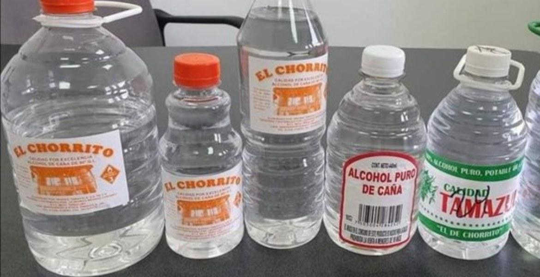 Mueren 5 personas por consumir alcohol adulterado en Puebla