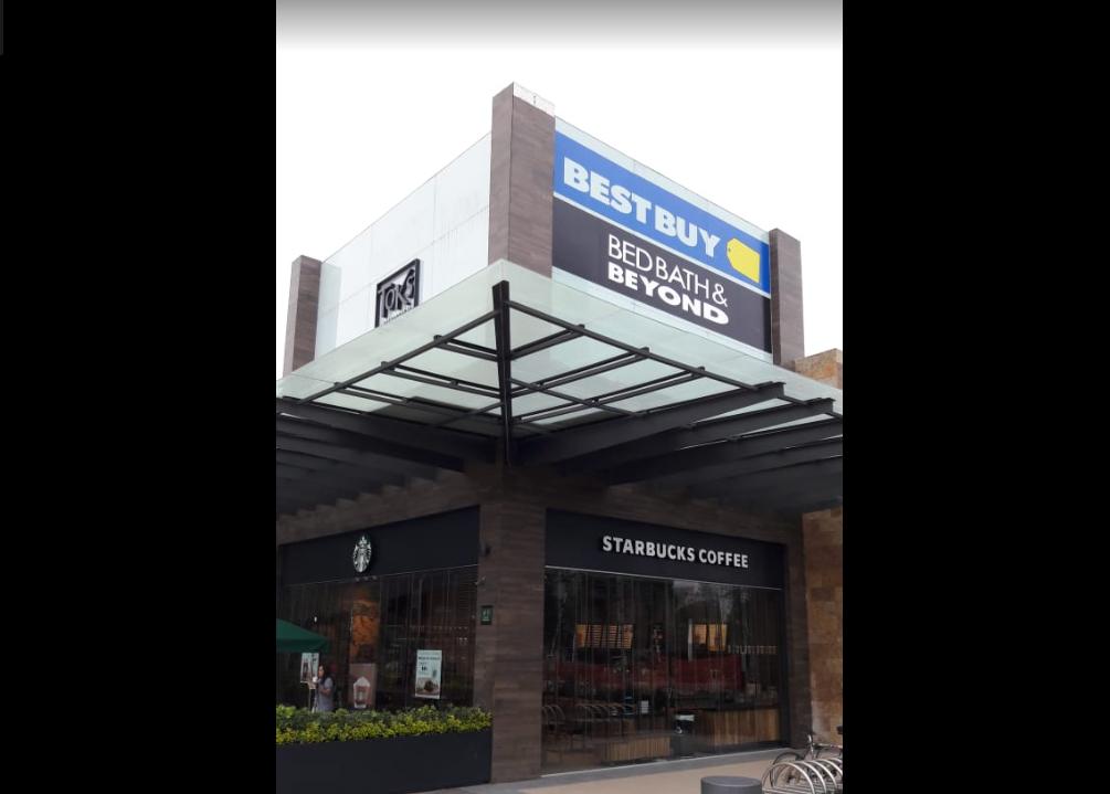 Cien poblanos perdieron su empleo por salida de Best Buy en México